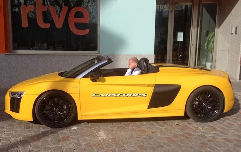 """""""Bat qua tang"""" Audi R8 Spyder 2016 mui tran khong che day-Hinh-7"""