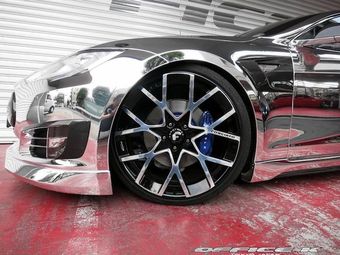 Can canh sieu xe xanh Tesla Model S do chrome tu Nhat-Hinh-3