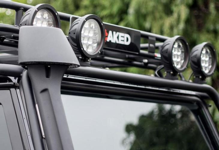 """Xe chien"" Land Rover Defender - tu phim ra doi that-Hinh-6"