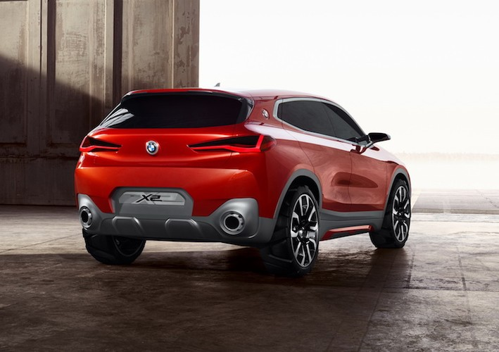 Crossover co nho BMW X2