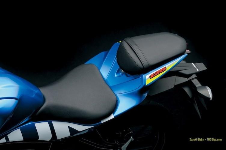 """Suzuki """"trinh lang"""" xe moto the thao gia re GSX-R125-Hinh-10"""