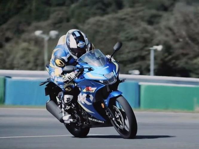 """Suzuki """"trinh lang"""" xe moto the thao gia re GSX-R125-Hinh-12"""