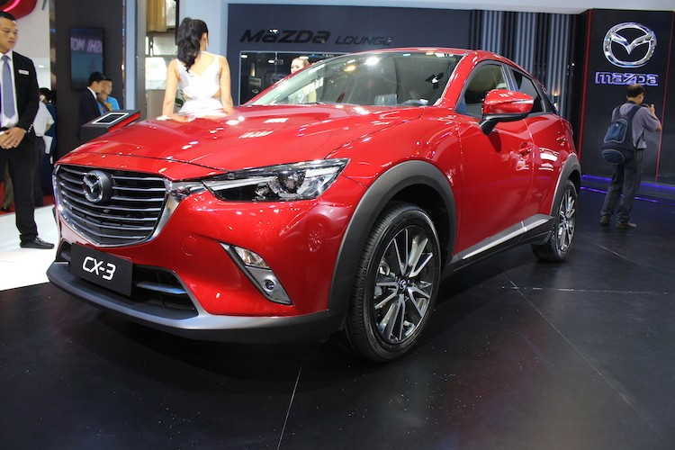 "Mazda CX-3 ""chot gia"" 950 trieu tai Viet Nam"