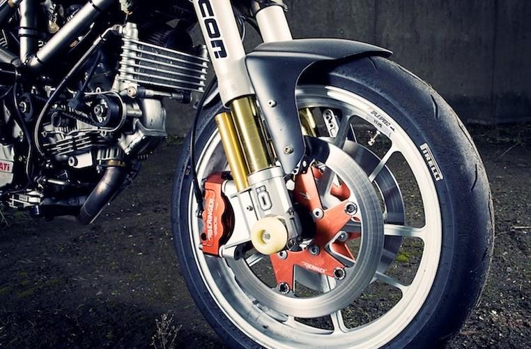 "Can canh Ducati Multistrada do streetfighter ""tran trui""-Hinh-2"