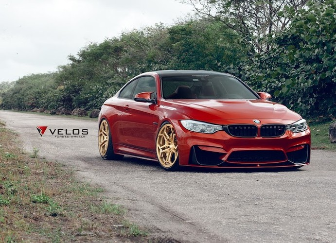 "BMW M4 ""chat choi"" voi mau doc, mam do Lamborghini-Hinh-2"