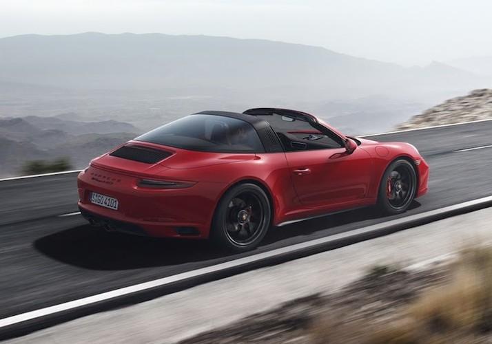 Soi loat sieu xe Porsche 911 GTS gia tu 2,95 ty-Hinh-3