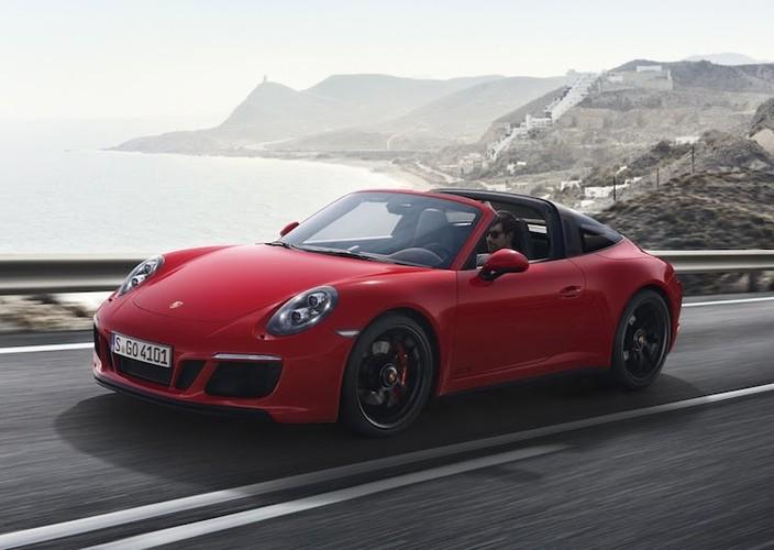 Soi loat sieu xe Porsche 911 GTS gia tu 2,95 ty-Hinh-4