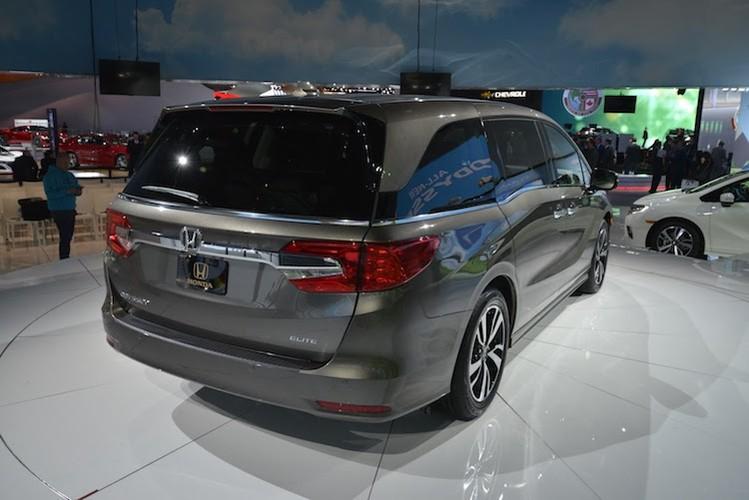 """Xe gia dinh """"sieu tien loi"""" Honda Odyssey 2017 co gi?-Hinh-4"""