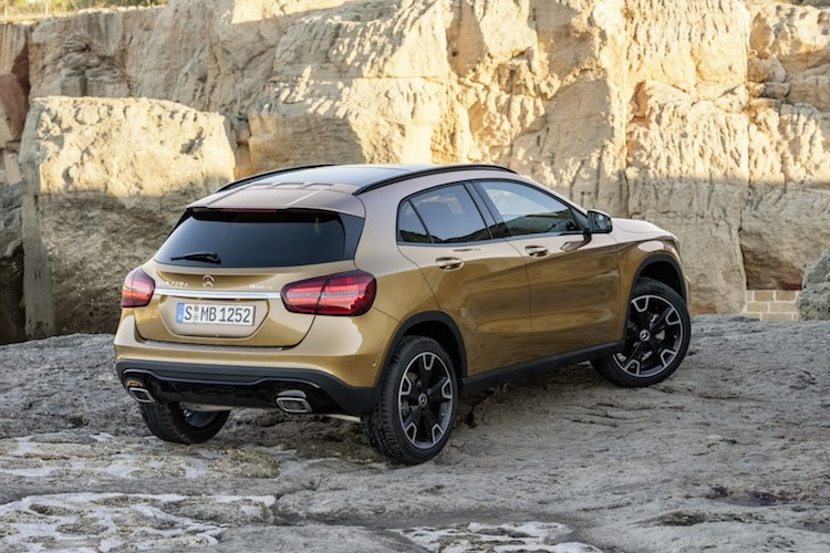 Crossover co nho Mercedes GLA 2017 co gi hay?-Hinh-3