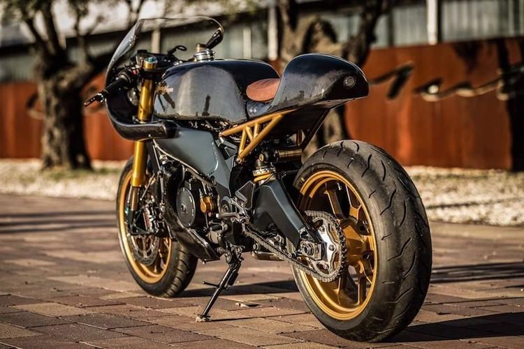 """Sieu moto Aprilia RSV 1000 """"lot xac"""" cafe racer-Hinh-9"""