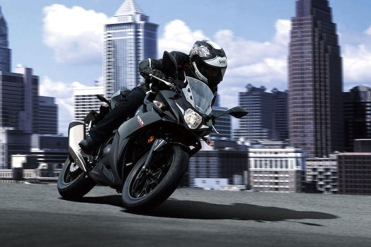 Chi tiet Sportbike Suzuki GSX250R gia 101 trieu dong-Hinh-7
