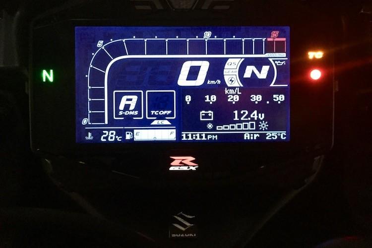"""Dau"" Yamaha R1, Suzuki GSX-R1000 chot gia 329 trieu-Hinh-6"