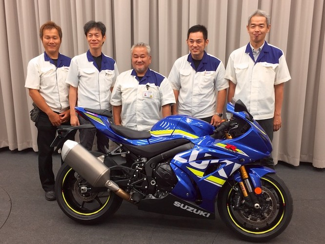 """Dau"" Yamaha R1, Suzuki GSX-R1000 chot gia 329 trieu-Hinh-8"