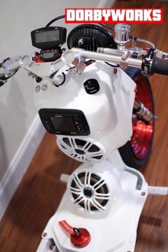 "Honda Zoomer do day ""chat choi"" gia hon 150 trieu dong-Hinh-4"