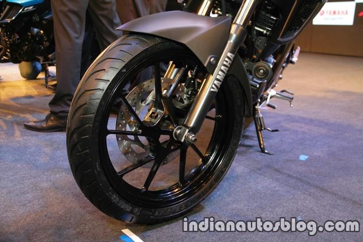 Can canh Yamaha FZ 25 moi gia chi 39 trieu dong-Hinh-4
