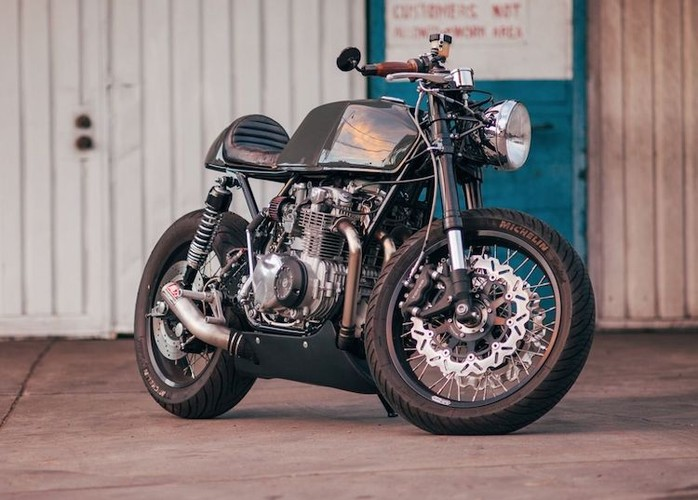 Honda CB550K do cafe racer cuc chat gia 205 trieu