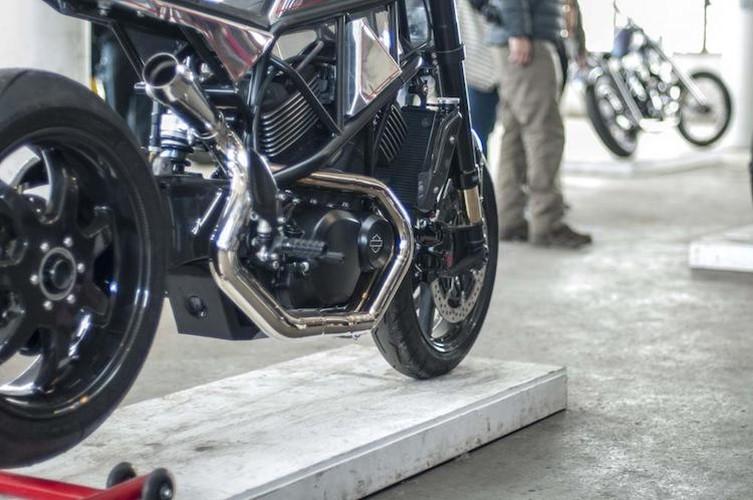 "Ngam Harley-Davidson Street 750 ""lot xac"" tracker sieu doc-Hinh-5"