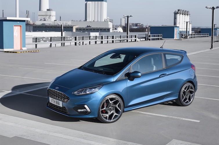 Ford Fiesta ST moi - manh hon, uong it xang hon