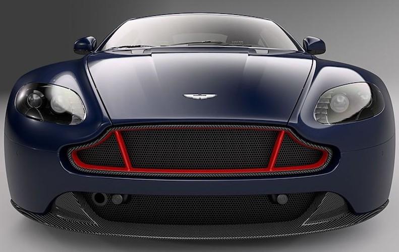 """Sieu xe Aston Martin Vantage co ban """"bo huc"""" Red Bull-Hinh-2"""