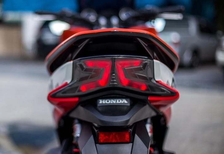 "Honda PCX150 ""sieu the thao"" phong cach Repsol-Hinh-8"