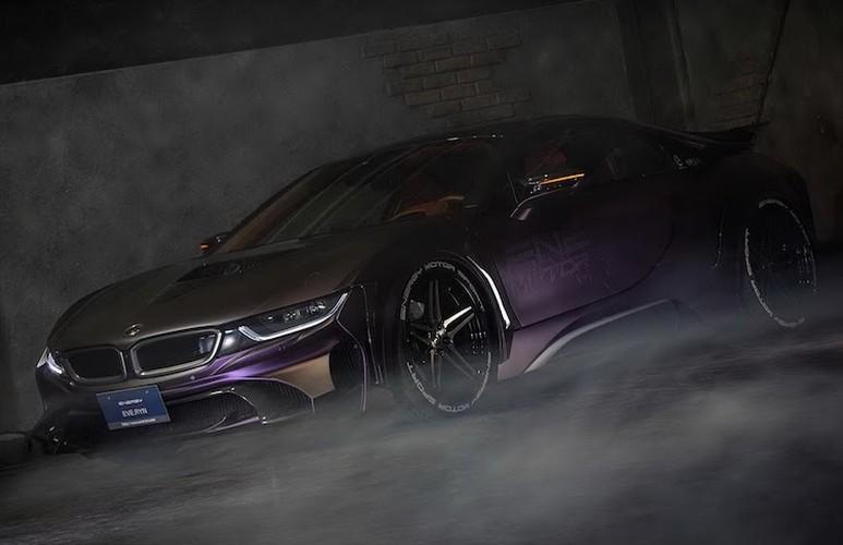 """Sieu xe BMW i8 """"sieu ngau"""" voi ban do Dark Knight-Hinh-3"""