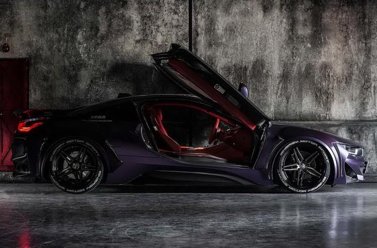 """Sieu xe BMW i8 """"sieu ngau"""" voi ban do Dark Knight-Hinh-7"""