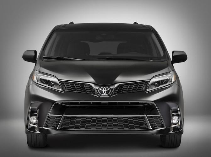 """Minivan gia dinh Toyota Sienna 2018 co gi """"hot""""?-Hinh-2"""