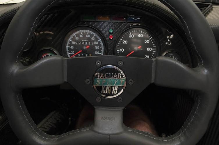 Sieu xe Jaguar XJR15 hiem nhat The gioi gia 17 ty dong-Hinh-5