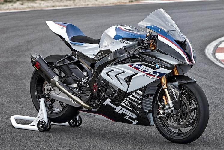 """Ngam sieu moto BMW HP4 Race """"khung"""" nhat The gioi"""