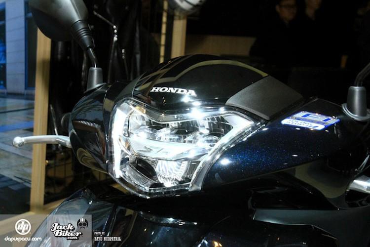 Honda ra mat SH150i ABS 2017 gia 76 trieu tai Indonesia-Hinh-4