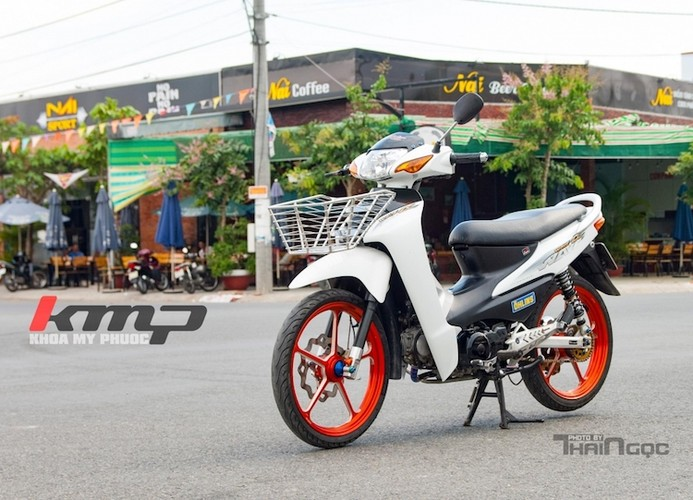 Honda Wave Alpha do kieng noi bat cua dan choi Viet