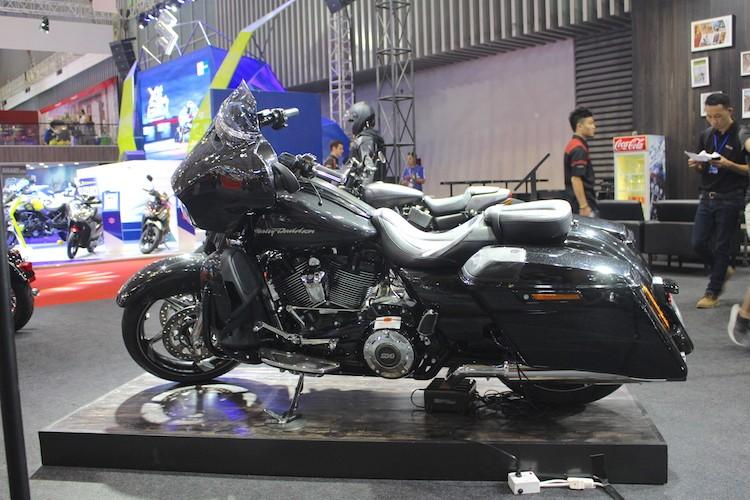 Harley-Davidson CVO Street Glide 2017 gia 1,86 ty tai VN-Hinh-4
