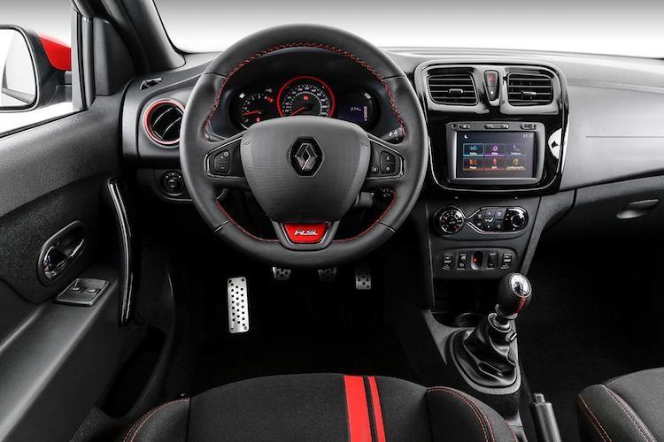 Oto Renault Sandero RS 2.0 chot gia chi 440 trieu dong-Hinh-4