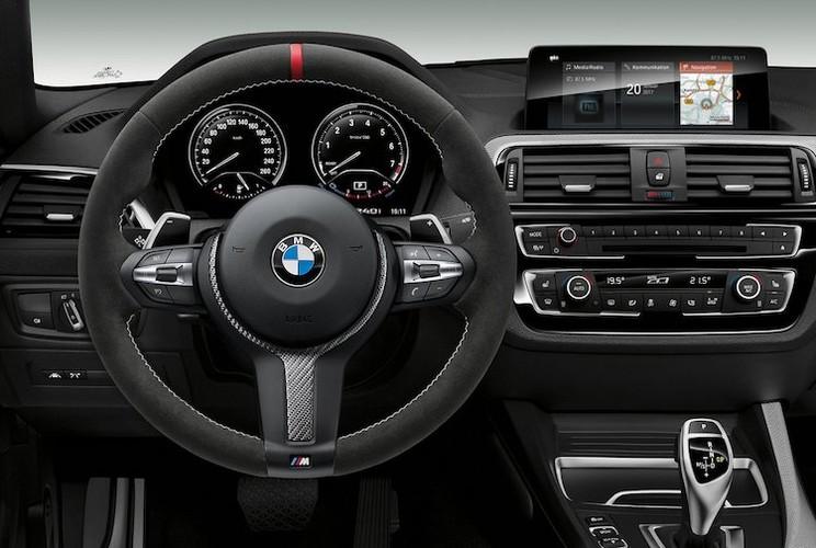 BMW 2 Series phien ban 2018 da co ban dac biet-Hinh-4