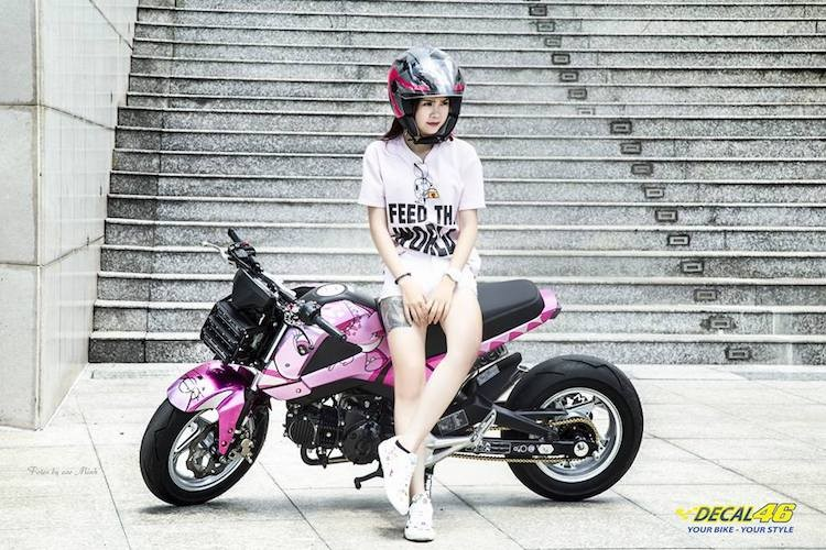 Nu biker Viet cuc cool ben Honda MSX125 hang khung-Hinh-5