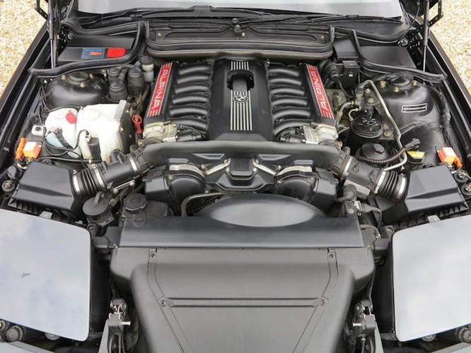 "Soi BMW 8 Series ""hang khung"" cua Quoc vuong Brunei-Hinh-6"
