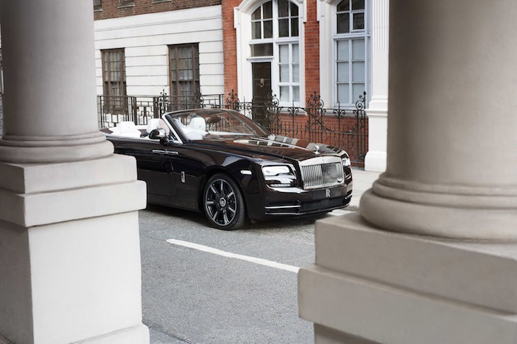 "Chi tiet mui tran ""sieu sang chanh"" Rolls-Royce Dawn Mayfair-Hinh-6"