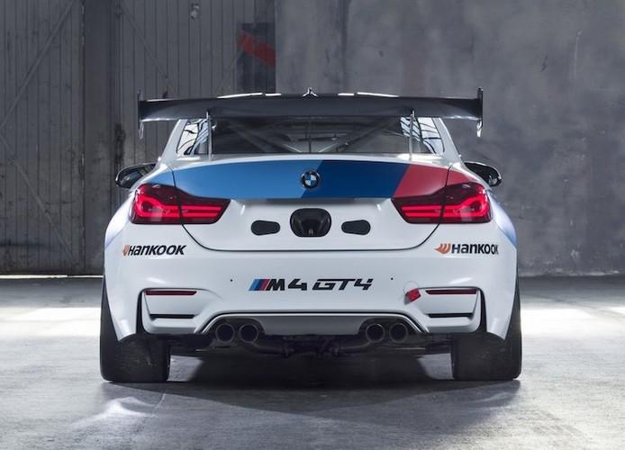 BMW ban xe dua M4 GT4 cho khach hang gia 4,3 ty-Hinh-3