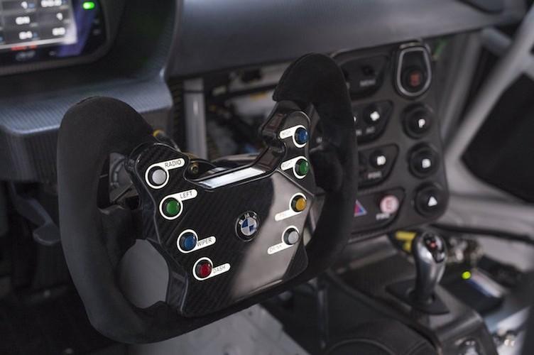 BMW ban xe dua M4 GT4 cho khach hang gia 4,3 ty-Hinh-4
