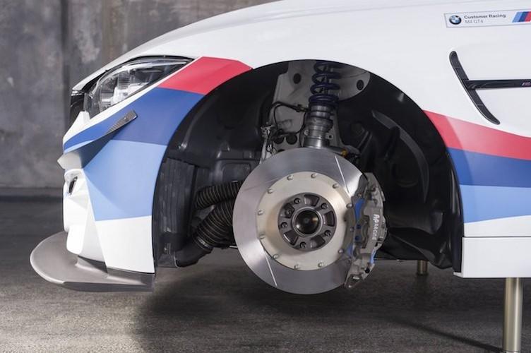 BMW ban xe dua M4 GT4 cho khach hang gia 4,3 ty-Hinh-6