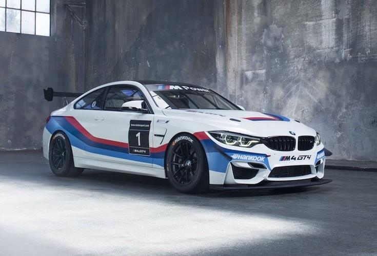 BMW ban xe dua M4 GT4 cho khach hang gia 4,3 ty