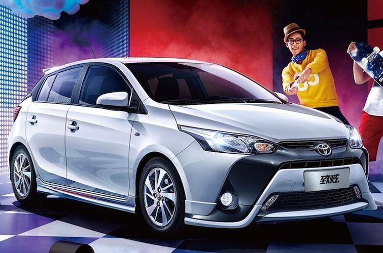 Toyota Yaris 2017 nang cap gia chi 302 trieu dong