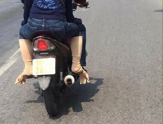 """Nguoi Ha Noi cuoi xe may chong nang 40 do nhu """"Ninja""""-Hinh-8"""