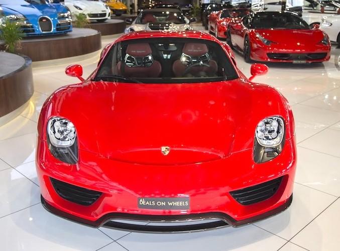 "Porsche 918 Spyder ""mau ao"" Ferrari chot gia 36,3 ty-Hinh-2"