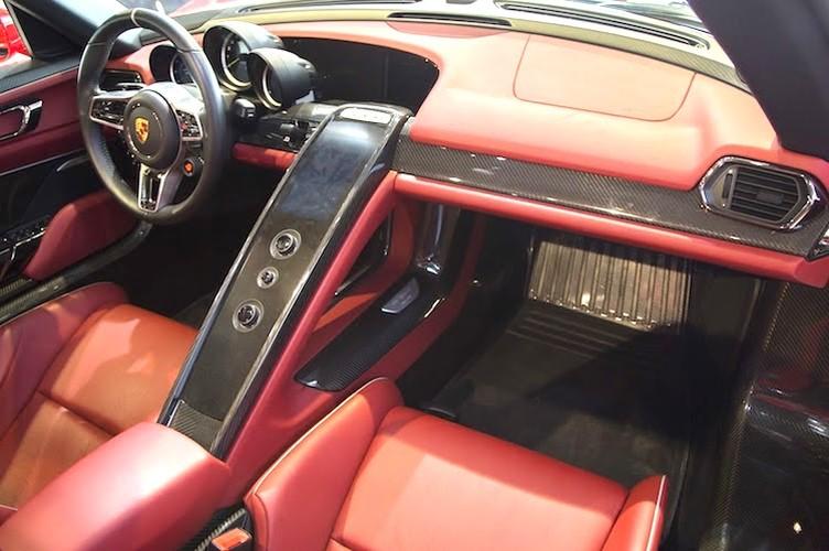 "Porsche 918 Spyder ""mau ao"" Ferrari chot gia 36,3 ty-Hinh-4"