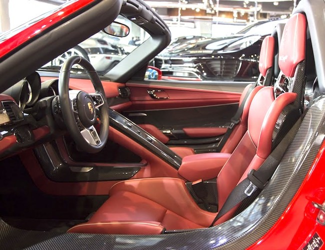 "Porsche 918 Spyder ""mau ao"" Ferrari chot gia 36,3 ty-Hinh-5"