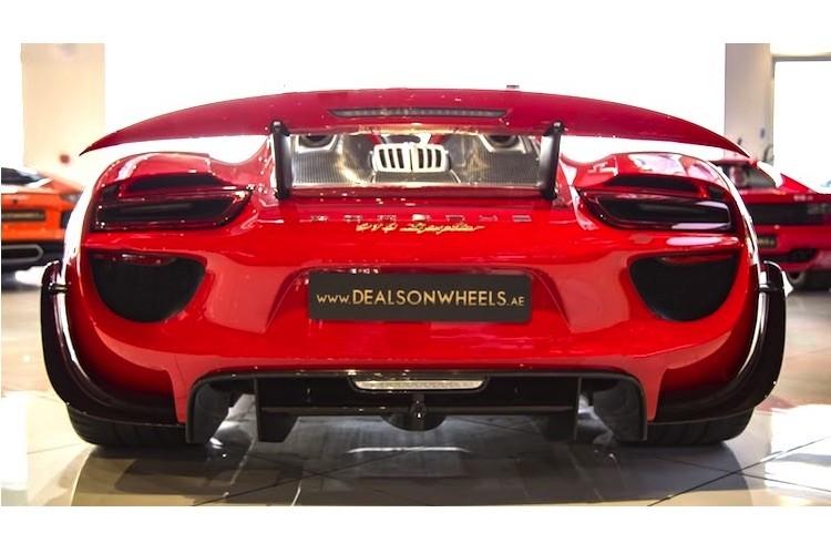 "Porsche 918 Spyder ""mau ao"" Ferrari chot gia 36,3 ty-Hinh-8"