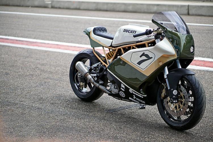 "Moto dua Ducati cafe racer do sieu dep tu ""hang bai"""