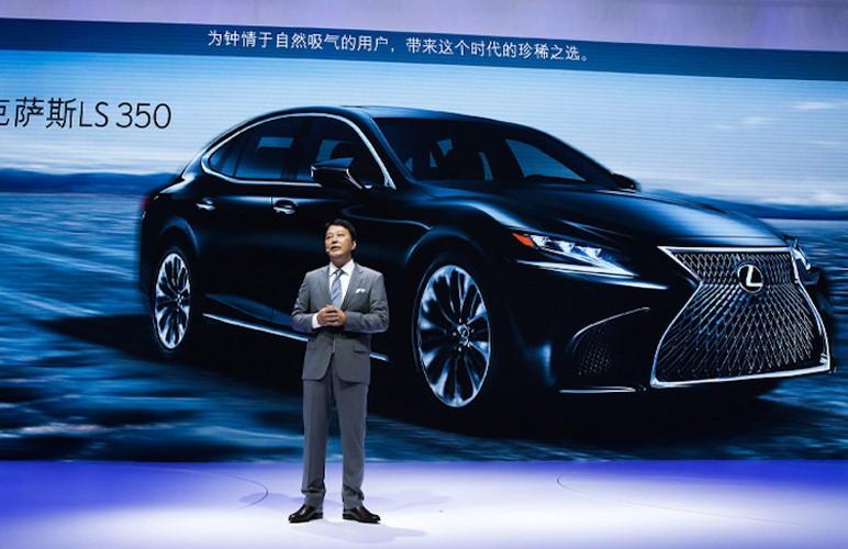 "Xe sang Lexus LS350 moi ""chot gia"" 3,3 ty dong-Hinh-8"