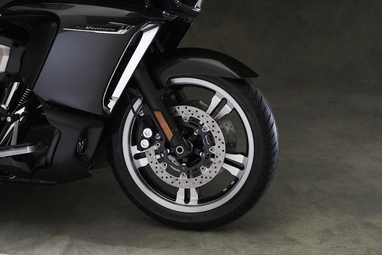 Moto sieu sang Yamaha Star Venture gia 568 trieu-Hinh-4